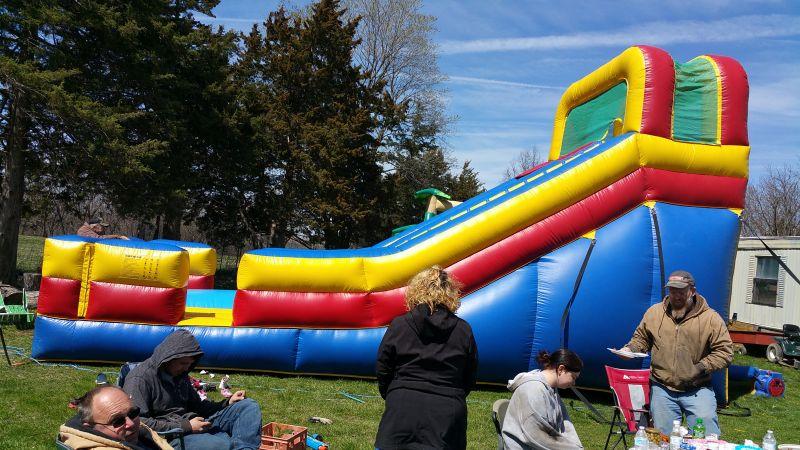 Slides - The giant slide apartament ...